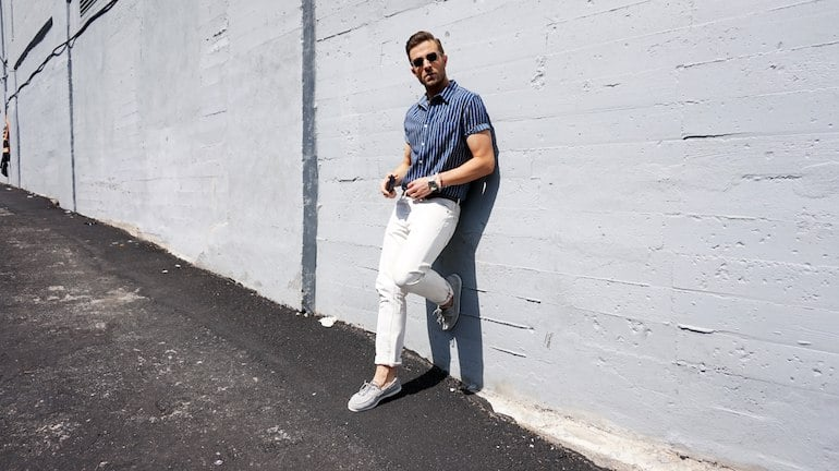 mens-white-jeans-striped-shirt-loafers-outfit